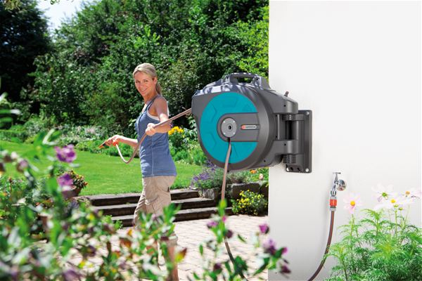 Gardena Automatic Wall Mounted Hose Box 25 metres - Click Image to Close